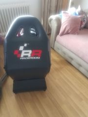 xBOX One mit Lenkrad Stuhl