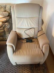 Neuwertiger elektrisch verstellbarer Relax-Sessel für
