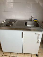 Autarke Küchenzeile mit Kühlschrank