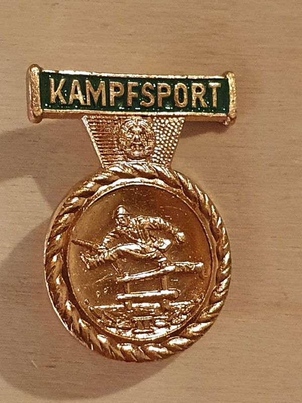 DDR Polizei Kampfsport Abzeichen Stufe