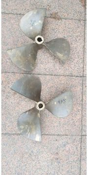 2 Propeller 17x18 Bronce