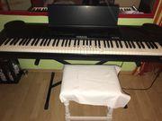 Piano yahama pf 2000