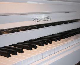 Tasteninstrumente - Klavier Weinberg U 121 T