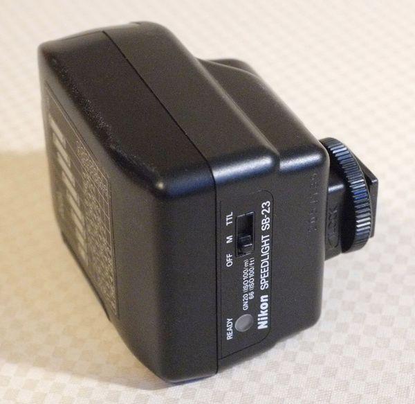 Nikon Blitzgerät SB-23