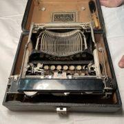 Corona Typewriter co Ltd London