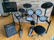 E-Drum-Set Roland TD-11KV inkl Monitor