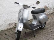 Oldtimer-Vespa Sondermodell Baujahr 1973 zu