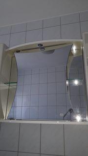 Badezimmer Spiegelschrank mit Beleuchtung und