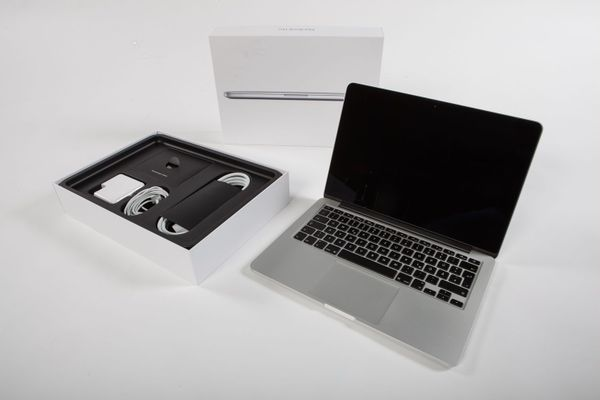 Apple MacBook Pro 13 mit Retina Display i5 2, 7 GHz