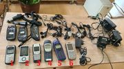 großes Konvolut alte Nokia-Handys plus Zubehörpaket