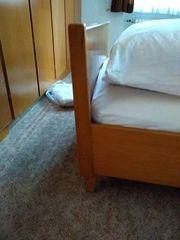 Teilbares Doppelbett zu verschenken