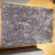 Teppich grau