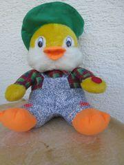Stofftier Plüschtier Ente mit Hut