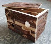 Häuschen aus Holz für Mäuse