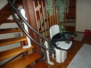 HIRO Treppenlift in gutem Zustand