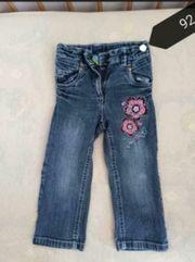 Verkaufe Jeanshosen in verschiedenen Größen