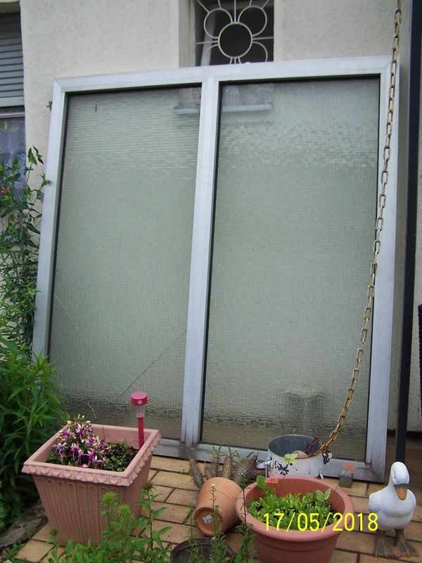 Top Angebot Grosse Glastrennwand Als Sichtschutz