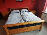 Hochwertiges Massivholz-Schlafzimmer