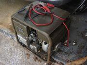 Stromaggregat Bosch kompakt und massiv