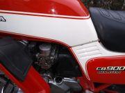Wir suchen Hondas Kawasaki Suzukis