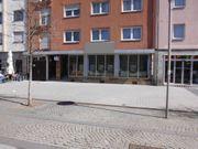 Helle und Moderne Geschäfts-Büro-und Ladenfläche