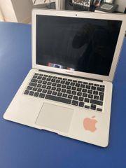 Mac Book 2013 silber A1466