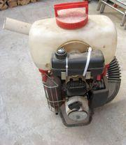 Rückenspritze mit Motor