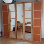 Schlafzimmer zu verkaufen