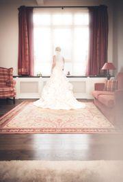 Traumhaftes Hochzeitskleid inkl Zubehör SUPER