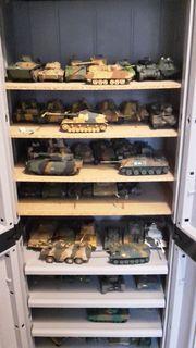 Modellbau Panzer Flugzeuge