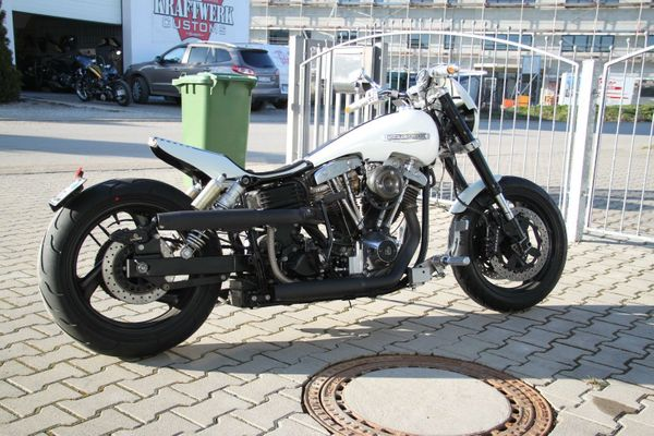 Harley-Davidson Super Glide FXE 1200