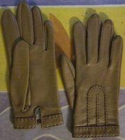 6 Paar Handschuhe meist Leder