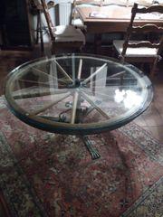 Wohnzimmertisch Wagenrad rustikal mit Glasplatte