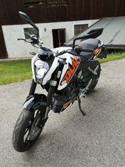 KTM 125 Ducke