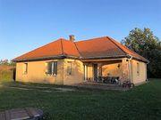 Ungarn Haus im Bungalow-Stil auf