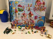 Playmobil Schloss - mit extra Zimmern -