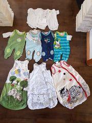 Babykleidung für Jungs Größe 50