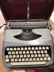 Schreibmaschine Royal Royalite Vintage mit