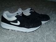 Nike Air Safari QS Herren