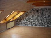 schöne renovierte Dachgeschosswohnung mit Einbauküche