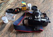 Spiegelreflex-Kamera Canon EOS 500 mit