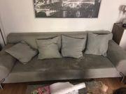 Große Couch zu verschenken