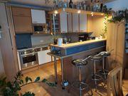 Einbauküche DAN mit Bar