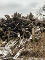Brennholz - Abbruchholz zu verschenken -