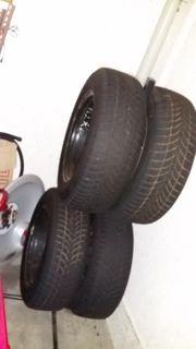 4 Winterreifen auf Stahlfelgen Mercedes