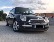 Verkaufe Mini-Cooper- Benziner- TÜV neu-