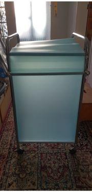 Wäschekorb -Wäschewagen