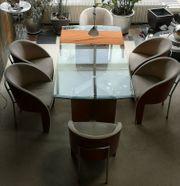 Esstisch mit hochwertigen Stühlen