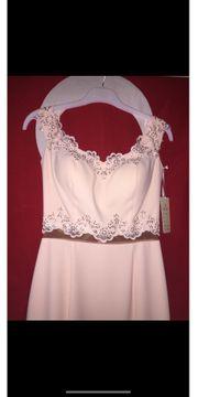 Abendkleid in puderrosa