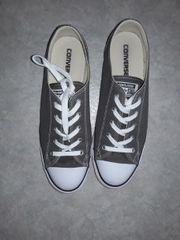 Converse Chucks Gr 42